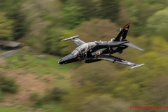 RAF Hawk T2 Jet Low Level in the mach loop snowdonia area of Wales (LFA7)