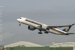 Singapore Airlines, Airbus A350-941, 9V-SMP take off at Manchester Airport