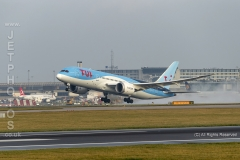 TUI Airways, Boeing 787-8 Dreamliner, G-TUIA, take off at Manchester Airport
