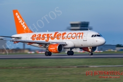 Easyjet A319 practice circuits at Newquay Airport