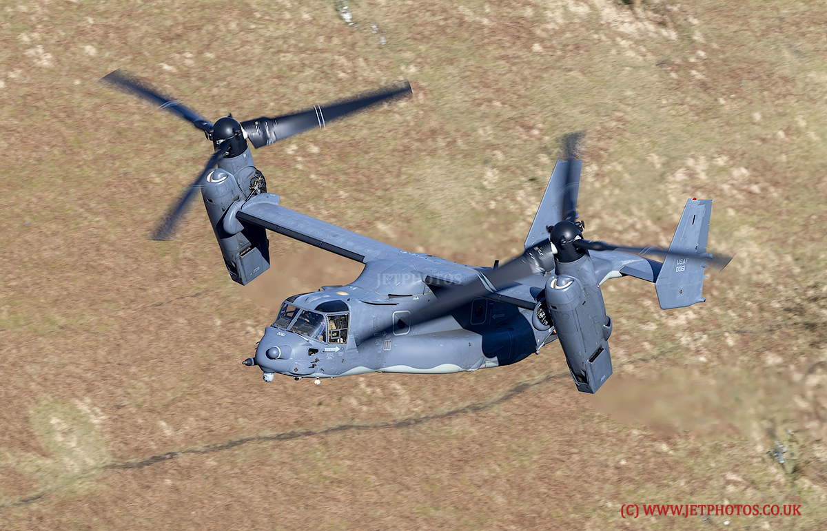 USAF CV-22 Osprey Flying Low Level in LFA7 (Mach Loop)